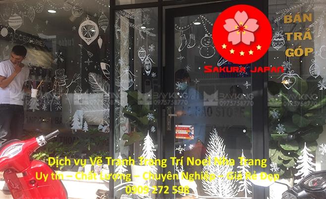 Vẽ Tường Trang Trí Trên Kính Noel Nha Trang